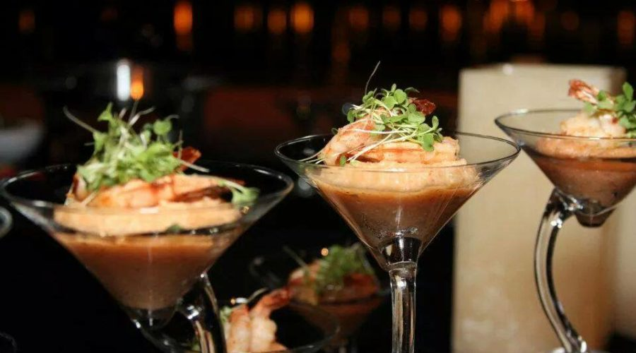 two chicks and a pot - vero beach catering - florida gulf shrimp - corporate catering near florida space coast - florida fresh - shrimp and grits - reception food in a martini glass