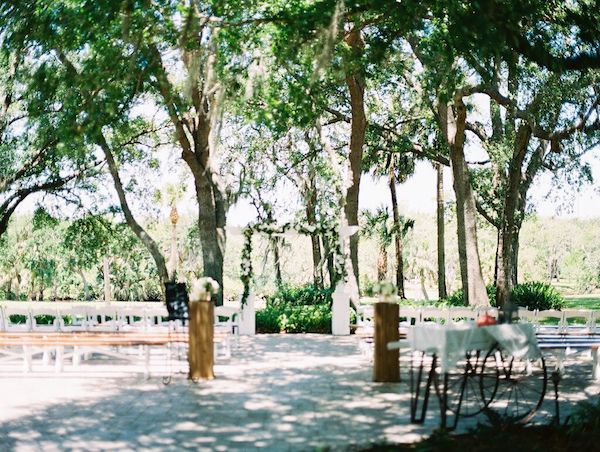 Two Chicks and A Pot Catering – Up The Creek Farm – Central Florida Wedding Caterer – Central Florida Wedding Venue – Central Florida Farm to Table Catering - outdoor wedding ceremony